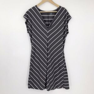 Isis VNeck Activewear Dress Gray White Striped L